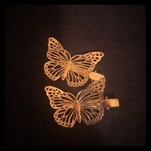 Accessories - 2 gold butterfly hair clips